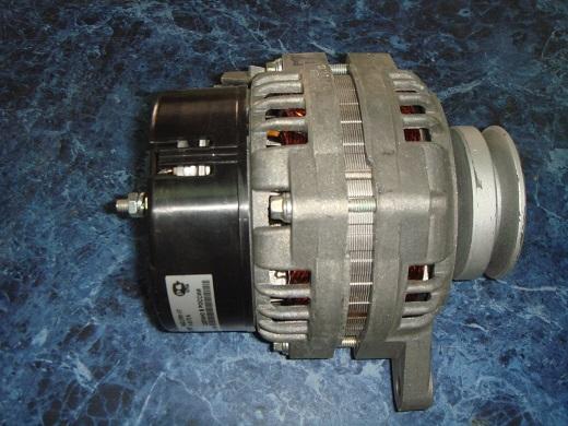 Самодельный генератор переменного тока на фото