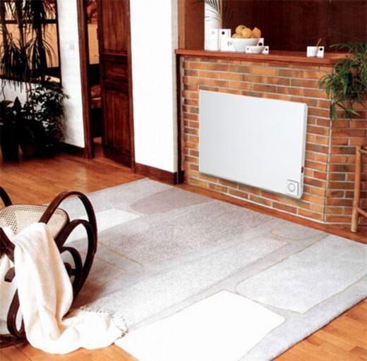 На картинке инфракрасный обогреватель настенный с терморегулятором
