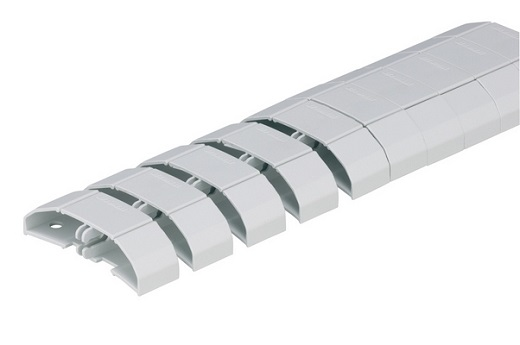 На снимке гибкий пластиковый кабель-канал