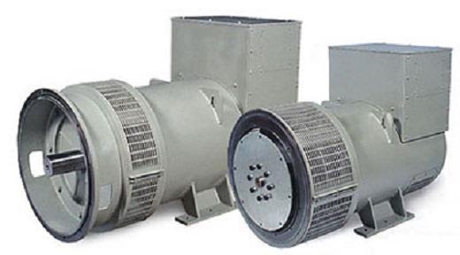 На фото изображены генераторы переменного тока