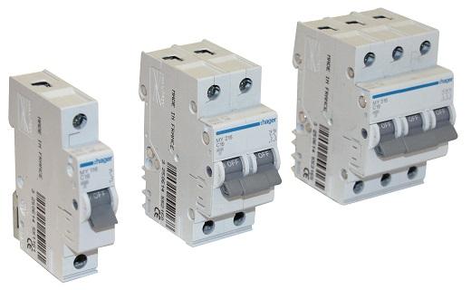 На снимке представлены модульные автоматические выключатели