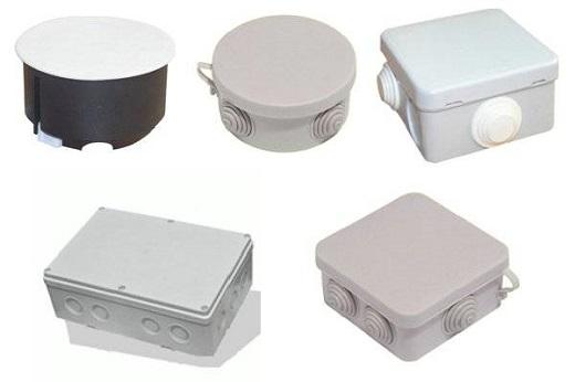 Разные виды распределительных коробок на фото